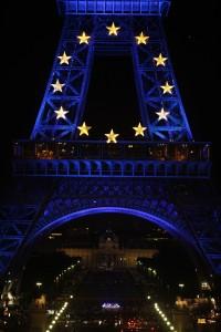 Tour Eiffel  drapeau UE